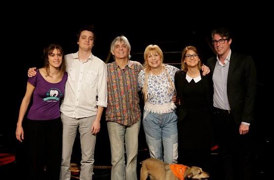 Estelle, Martin, Mario, Annie, Daisy, Julien et...le chien sur les planches !
